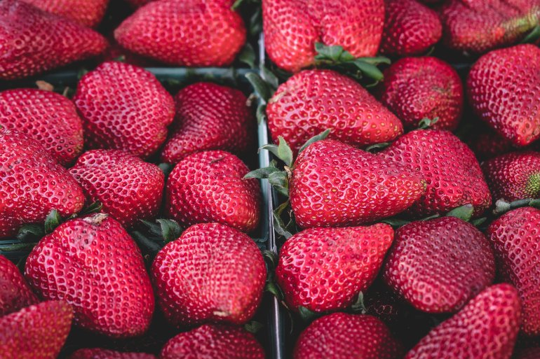 Vitamins in strawberries